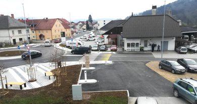 V Trebnjem dve novi prostostoječi polnilni postaji za električna vozila